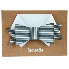 Taittele papereista paidan kaulus sekä rusetti. Kiinnitä korttiin kohotarrapalojen avulla. Birthday Box, Birthday Cards, Fathers Day Crafts, Masculine Cards, Teaching Art, Creative Cards, Hobbies And Crafts, Diy Cards, Diy Gifts