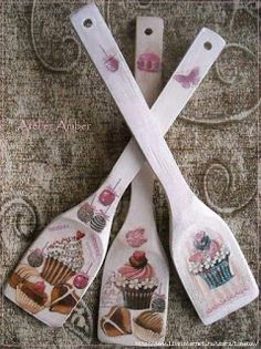 Discover thousands of images about Con decoupagge Wooden Spoon Crafts, Wooden Art, Wooden Spoons, Decoupage Art, Decoupage Vintage, Shabby Vintage, Shabby Chic, Home Crafts, Diy And Crafts