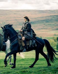 Jamie Fraser on Donas....Outlander ❤❤