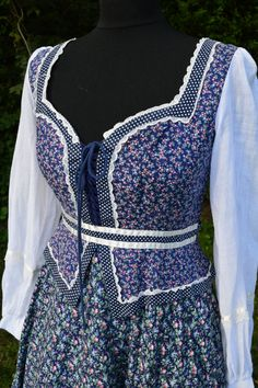 70s Gunne Sax floral and polka dot corset by CroneCrowVintage