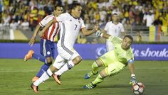 Copa America: Colombia move into last eight, US bounce back to crush Costa Rica 4-0  Dhaka : Colombia became the first side to reach the quarter-finals of the Copa America Centenario on Tuesday, while the United States thumped Costa Rica 4-0 to get their campaign back on track.   Goals from AC Milan`s Carlos Bacca and Real Madrid star James Rodriguez secured a 2-1 win for Colombia over Paraguay in front of a vocal crowd at the Pasadena Rose Bowl in California…
