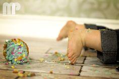 Baby & Child photography - Andrew 1st birthday photo cake smash https://www.facebook.com/MorrisFamilyPhotography