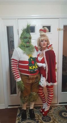 christmas costumes grinch Grinch and Cindy Lou Who costume for couples Costume Halloween, Grinch Halloween, Le Grinch, Grinch Party Costume, Who From Whoville Costume, Diy Whoville Costumes, Christmas Character Costumes, Holiday Costumes, Christmas Characters