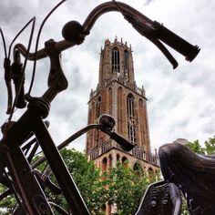 Magreet van Beusichem ging op haar vrije dag, op de fiets naar haar stadsie.  Bron: Fotografie Midden Nederland