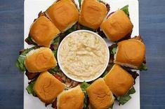 Estes sanduichinhos de hambúrguer com bacon são a melhor pedida para o final de semana