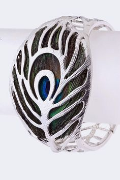 Peacock Feather Bracelet ~OH I REALLY LOVE THIS!!  Someone tell Jeff to put this on my gift list!! hehe