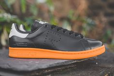 Raf Simons x adidas Stan Smith Raf Simons, Adidas Stan Smith, Nike, Sneakers, How To Wear, Shoes, Fashion, Tennis, Moda