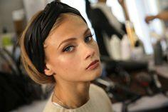 ¿Quién es esa chica? Anna Selezneva: En el backstage de Dior
