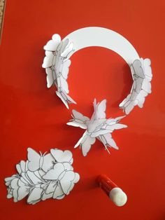 BAYRAK....CANNUR HAZNEDAR 1/C Preschool Decor, Preschool Art Activities, Craft Day, Craft Gifts, Diy For Kids, Crafts For Kids, Origami, Diy And Crafts, Paper Crafts