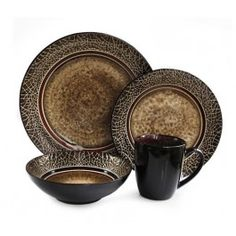 American Atelier Markham Square 16 Piece Dinnerware Set #JayCompanies #Dinnerware #Tableware #TableDecor #HomeDecor