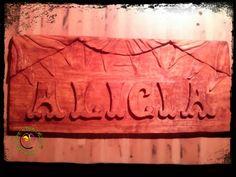 Woodcarving on lime tree. Talla en Tilo tintado caoba.