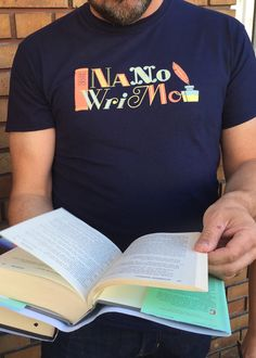 """NaNoWriMo 2015 """"Book & Quill"""" Shirt 