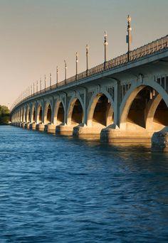 Belle Isle Bridge, Detroit