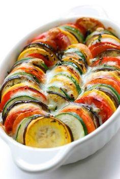 What a tasty Zucchini Gratin dish by Julia Child!  Yum!  #zucchini #gratin