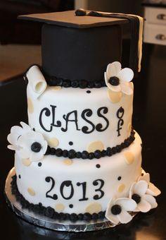 Graduation Cap Cake - fondant mortar board, tassels, diploma and flowers. Graduation Cake Designs, Graduation Theme, Graduation Ideas, College Graduation Cakes, Graduation 2015, Graduation Parties, Graduation Celebration, Graduation Gifts, Cake Paris