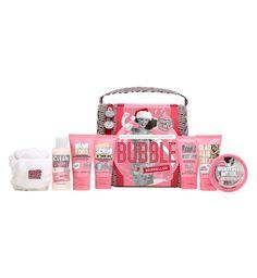 Soap and Glory Barreled travel bag (Diverse S&G produkter i reisestørrelse) Kjøpes på Boots apotek til 199,-