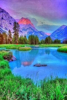 Wind River Range, Wyoming Wow, how peaceful this looks, always wanted to go to Wyoming.