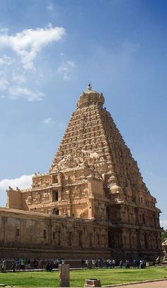 Brihadeshwara Temple (Tamil:Peruvudaiyar Kovil) is a Hindu temple dedicated to Shiva located in Thanjavur in the Indian state of Tamil Nadu. It is also known as Periya Kovil, RajaRajeswara Temple and Rajarajeswaram. It is one of the largest temples in India and is an example of Dravidian architecture during the Chola period. Built for Raja Raja Chola I and completed in 1010 AD, the temple turned 1000 years old in 2010.The architect and engineer of the temple, Kunjara Mallan Raja Raja…