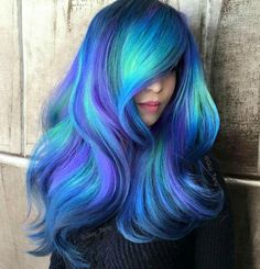 Try 18 Geode Hair Color Styles And New Trend in the World of Dyeing Se Blue Hair color dyeing Geode hair Styles Trend world Purple Hair, Ombre Hair, Blonde Hair, Pretty Hair Color, Hair Dye Colors, Peacock Hair Color, Bright Hair Colors, Coloured Hair, Dye My Hair