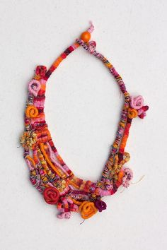 rRradionica: Superhappy 2 . Handmade necklace, bracelet and brooch