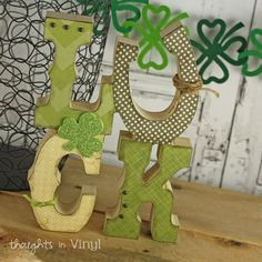 Darling and affordable wood craft kits. Wood letters, wood leprechaun, wood shapes, vinyl lettering, and interchangeable home letters. Crafts that you can enjoy Wood Letter Crafts, Wood Letters, Wooden Crafts, Diy Crafts, Painted Letters, Painted Wood, St Paddys Day, St Patricks Day, Saint Patricks
