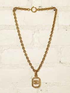 Vintage Chanel Necklace <3