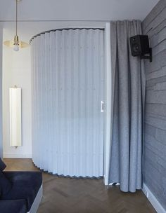 Hufcor Accordion Wall – Instant Visual and Acoustic Privacy - LifeEdited