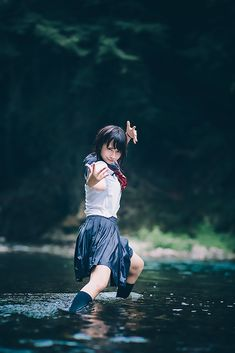 Thailand and German quarter pretty girl Rarumu who is invisible to junior high school students playing in the sailor suit. Japanese School Uniform, School Uniform Girls, Girls Uniforms, Human Poses, Asia Girl, Ulzzang Girl, Japanese Girl, Asian Beauty, Korean Beauty
