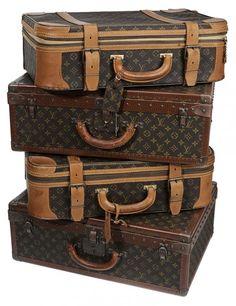 Four Pieces Louis Vuitton Luggage