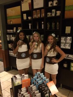 Starbucks costumes! Starbucks Halloween Costume, Group Halloween Costumes, Halloween Fun, Halloween Decorations, Holiday Crafts, Holiday Fun, Festive, College Costumes, Craft Gifts