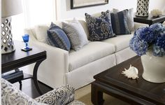 Formal living room ideas- A blue and white delight. (With exotic Moroccan quatrefoil cutout lamps! New Living Room, Formal Living Rooms, Home And Living, Coastal Living, Modern Living, Living Room Lamps, Navy And White Living Room, White Couch Living Room, Blue Living Room Decor