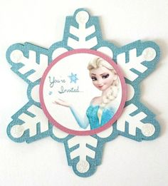 Our ice queen invites you to a children's birthday party with the motto Frozen. This idea for an invitation . Invitation Fete, Cricut Invitations, Snowflake Invitations, Frozen Birthday Invitations, Frozen Themed Birthday Party, 5th Birthday Party Ideas, Frozen Party, Olaf Party, Invitation Birthday
