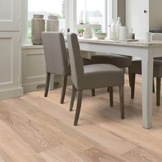 The Lifestyle collection consists of wooden floors that strike the perfect balance between an attractive wooden floor and a sleek modern interior. They provide a sea of natural grey tints and chalky nuances combined with a smooth wooden finish.