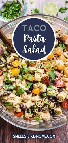 With a creamy taco ranch dressing, this no-mayo pasta salad is an easy vegetarian meal that's loaded with a whole slew of fresh and healthy taco ingredients. Side Salad Recipes, Pasta Salad Recipes, Healthy Salad Recipes, Side Dish Recipes, Veggie Recipes, Veggie Food, Lunch Recipes, Main Dish For Potluck, Main Dish Salads