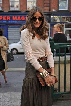 love the thin sweater layers, belt, and rugged yet flouncy skirt, accessories, and big cat-eyed sunnies on Olivia Palermo Her Style, Cool Style, Olivia Palermo Lookbook, Olivia Palermo Style, Autumn Winter Fashion, Fall Fashion, Fashion Beauty, Street Fashion, Chic