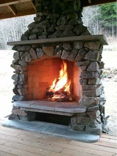 Custom Outdoor Fireplace - Home and Garden Design Idea's