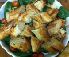Recipe Thai Chicken Sausage Rolls by catejb, learn to make this recipe easily in your kitchen machine and discover other Thermomix recipes in Baking - savoury. Chicken Sausage Rolls, Thermomix Soup, Thai Chicken, Savory Snacks, Food Hacks, Meals, Dinners, Cooking Recipes, Lunch