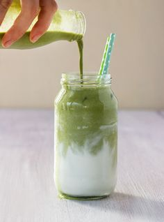 So delicious and refreshing! I'm in love with this Iced Coconut Matcha Latte!