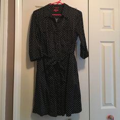 T shirt polka dot dress Cotton t shirt dress. Button down front. Tie belt. Pockets! Merona Dresses Midi