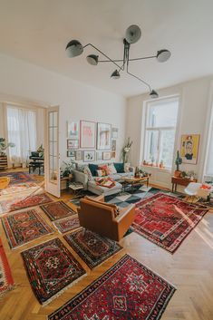 Jan Skácelík of Restyle Art My Living Room, Home And Living, Living Spaces, Green Rooms, Eclectic Decor, Home Fashion, Room Decor Bedroom, Interior Design Living Room, Room Inspiration