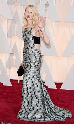 Naomi Watts in Armani was my favorite look of the 2015 Oscars.