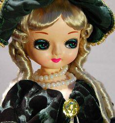 Bradley 1977 Pose Big Eye Mod Doll Fancy Hair Dress Korea International Japan   eBay