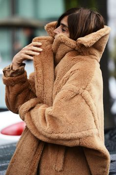 Snuggle up like Carine.