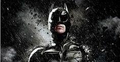 Novo filme do Batman poderá chegar aos cinemas em 2016 - De olho no sucesso de bilheteria de 'Batman, O Cavaleiro das Trevas Ressurge', que ultrapassou a marca de 300 milhões de dólares em apenas 12 dias, a Warner Bros já planeja o próximo filme do homem-morcego. O longa deverá retratar Bruce Wayne como um bilionário que se mantém ocupado lutando contra os crimes em Gotham City
