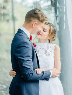 Woodland wedding dress - autumn wedding , Marsala Wedding Inspiration | fabmood.com #marsala #woodland