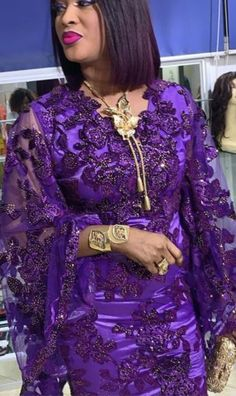 Please what is the price for this style. African Dress, African Fashion Dresses, African Attire, Big Girl Fashion, Womens Fashion, Ethnic Dress, Traditional Outfits, Gowns, Fashion Outfits