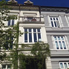 Eilert Sundts gate - Oslo #eilertsundtsgate #bygård #eiendom #realestate #bolig #leilighet #apartment #condo #flat #arkitektur #architecture #beautiful #beautifularchitecture #whereinoslo #diggeroslo #oslobilder #skyline #highlightsnorway #urban #visitosl