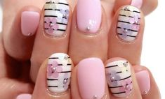 34 Cool Floral Summer Nail Designs