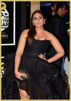 See related links to what you are looking for. Indian Bollywood, Bollywood Actress, Sonam Kapoor, Deepika Padukone, Gq Awards, All Black Dresses, Curvy Women Outfits, Girls Night Out Outfits, Huma Qureshi