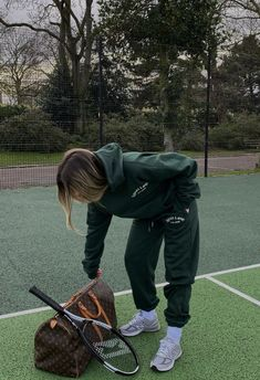 aly ☾ on Twitter in 2021 Workout aesthetic, Tennis